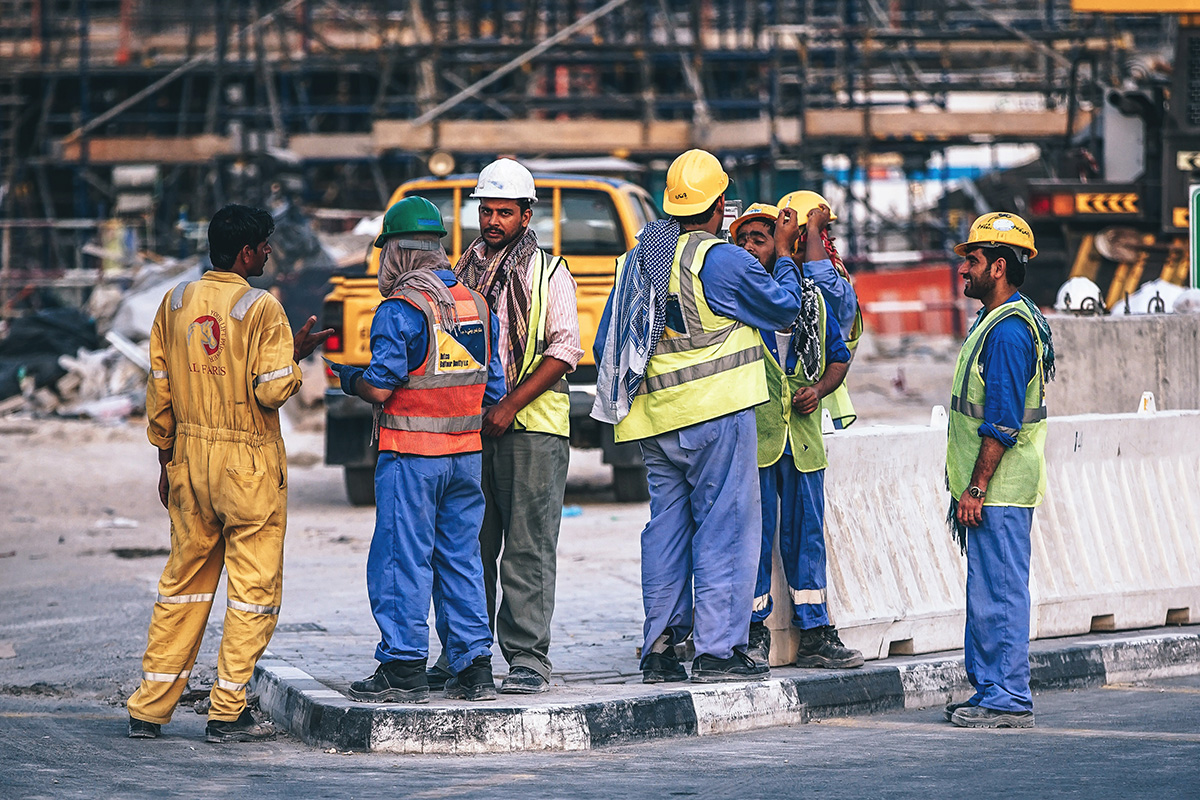 uae-construction-workers