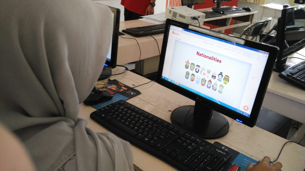 Young Indonesian Girl Learning on Cudoo